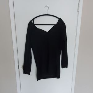 Tops - Black high low sweater
